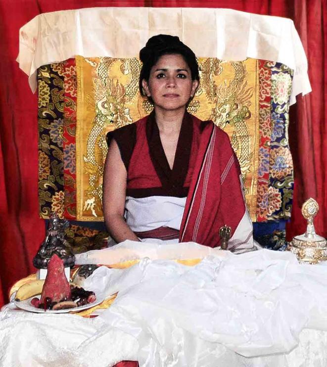 2013_11_4_Rinpoche_Throne_Empowerement_72dpi-661x742